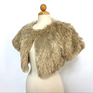 NY COLLECTION beige faux fur wrap shrug